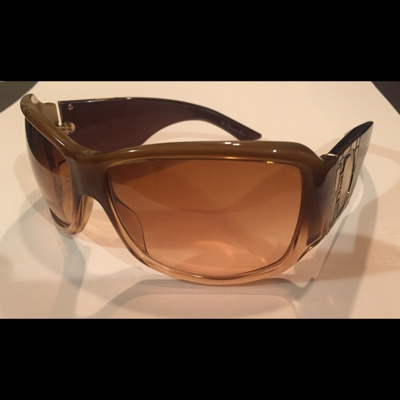 a51af9ee6f37 Christian Dior Accessories   Authentic Dior Sunglasses   Poshmark